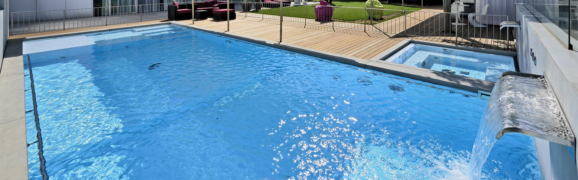Monoblock zwembad veltmann geprefabriceerde zwembaden for Monoblock zwembad